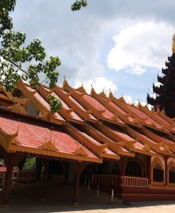 Picture of Burmese temple Golden Triangle Myanmar tour