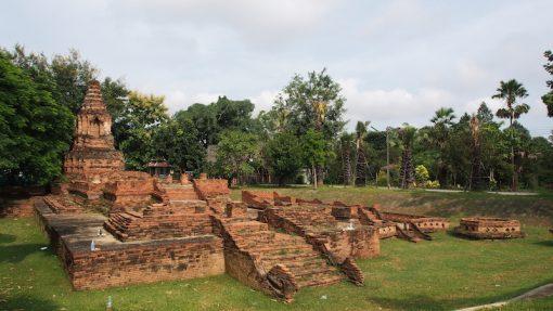 Lamphun Cultural Tour Wiang Kum Kam