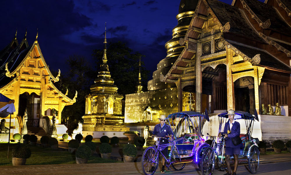 Chiang Mai Wat Phra Singh after dark