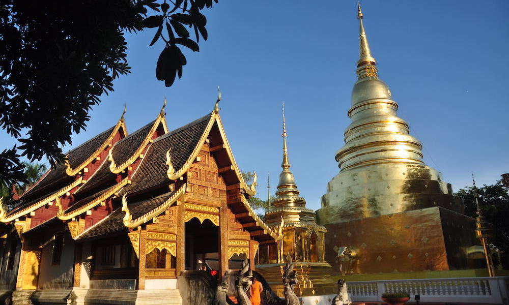 Chedi and Wiharn of Wat Phra Sing Chiang Mai Temple Tours