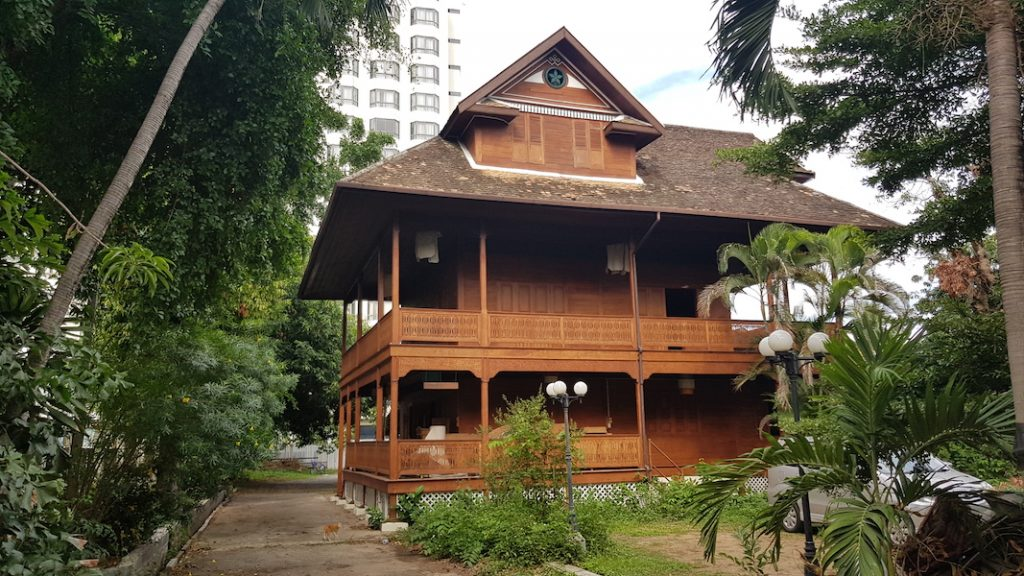 Old teakwooden house Chiang Mai Heritage Houses