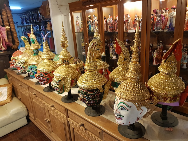 Thai heads in a row